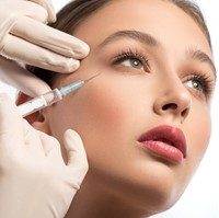 Global Care Clinic Botox Antifalteninjektion